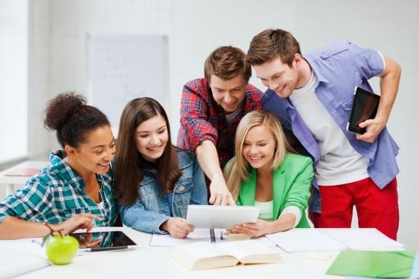 DU Học Là Gì? Tại Sao Lại Đi Du Học